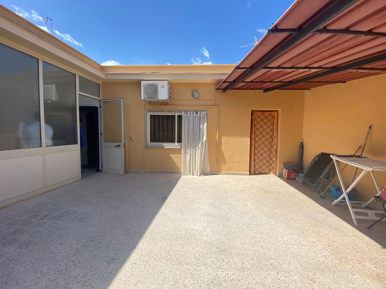 Appartamento con ampia terrazza